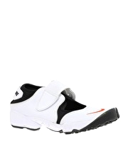 Nike Air Rift MTR Trainers