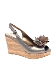 Report Guston Flower Front Slingback Wedge